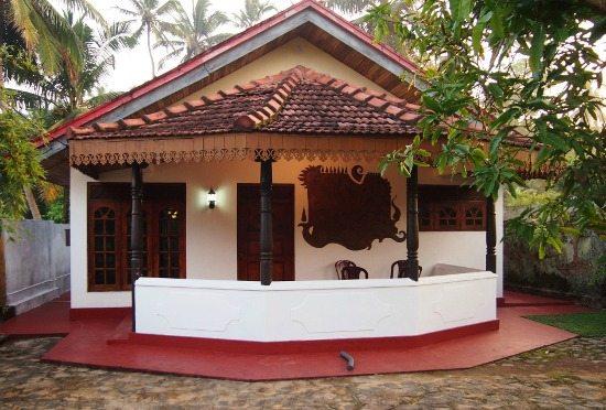 Staying in Hikkaduwa villa family travel blog