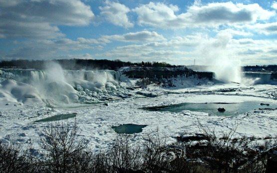 Niagara falls frozen from Canada side