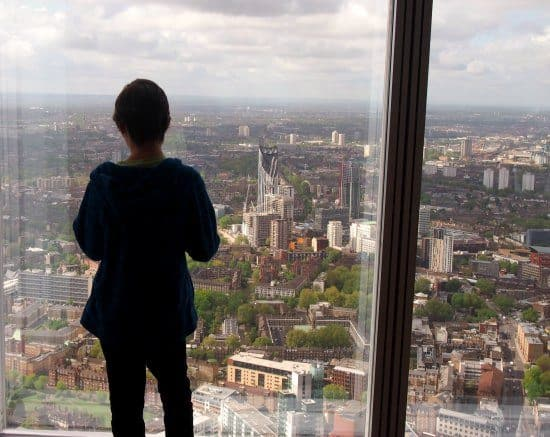 Experience gifts for kids and families. Our London experience gift was sensational! The View from The Shard with Chldren. Is it scary?