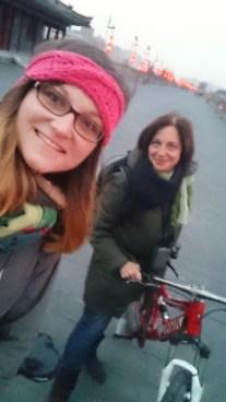 Biking selfie - sporty girls!