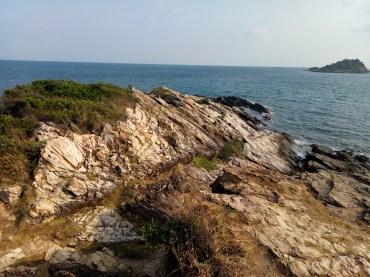 Ko Samet Cliffs