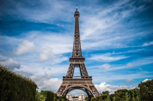 Beautiful day in Paris at the Eiffel Tower
