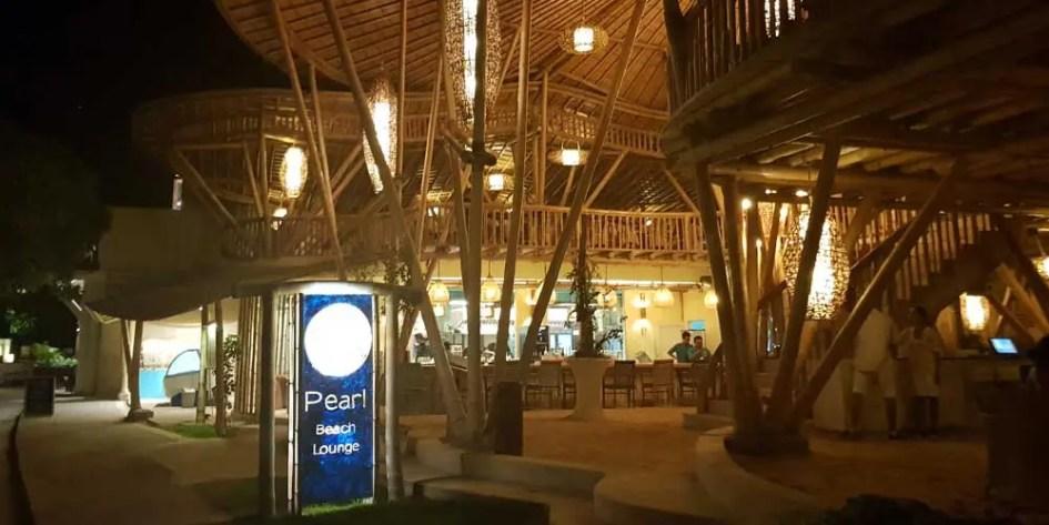 Pearl Beach Lounge Gili Trawangan