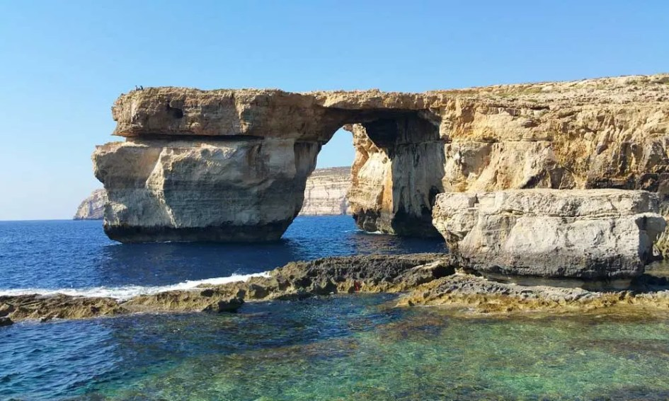 Best places to visit in Malta - Dwejra Bay