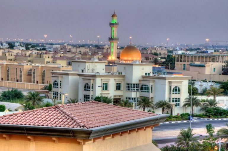Blick vom Balkon des Zimmers im Qaryat Al Beri über Abu Dhabi
