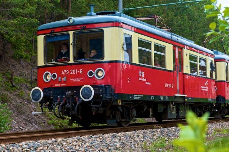 Bahn nach Cursdorf