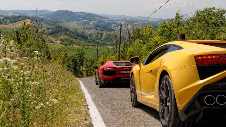 lamborghini_spotted_on_italian_roads_worldtravlr_net-4