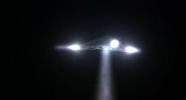 https://i1.wp.com/worldufophotosandnews.org/wp-content/uploads/2012/01/12-triangle-ufo.jpg