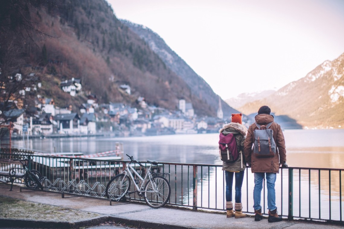 12 Amazing Reasons How Travel makes Relationship Better 1