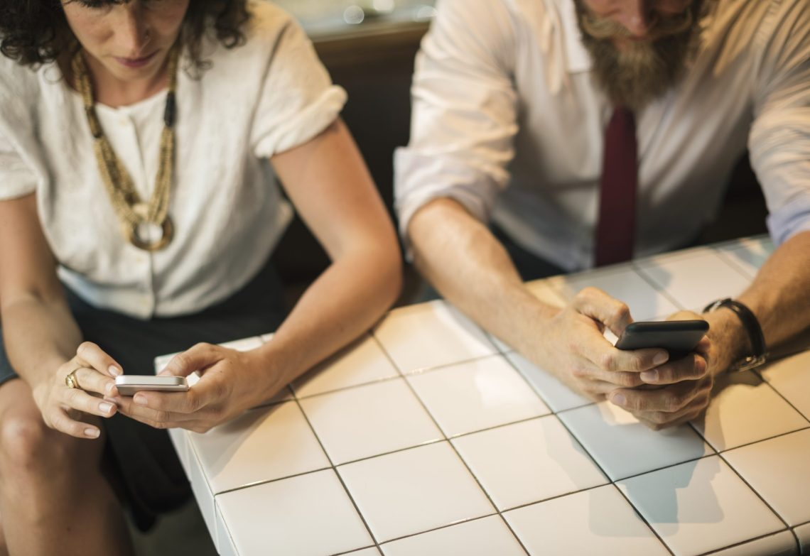 How too much using of Smartphones can ruin moments in Marriage 1