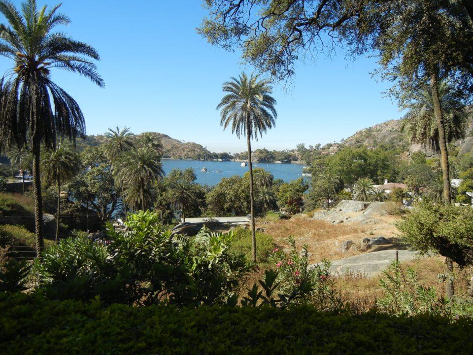 Nakki_Lake_from_Mount_Abu_Wildlife_Sanctuary.JPG