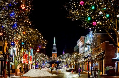 List of 15 Best Destinations for You to Spend This Christmas with Family 2