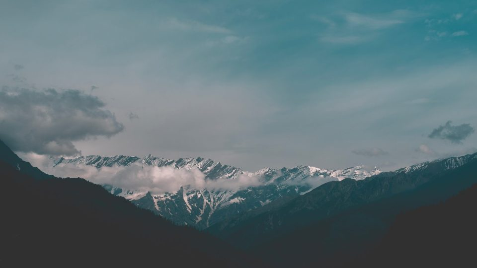 Image of beautiful mountains in Manali, India