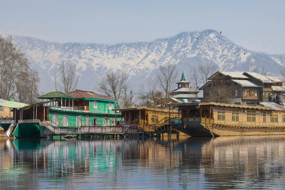 best places to visit in India with Kids - kashmir
