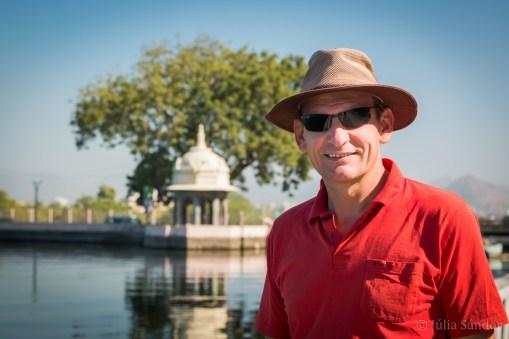 Werner at the Fateh Sagar Lake in Udaipur