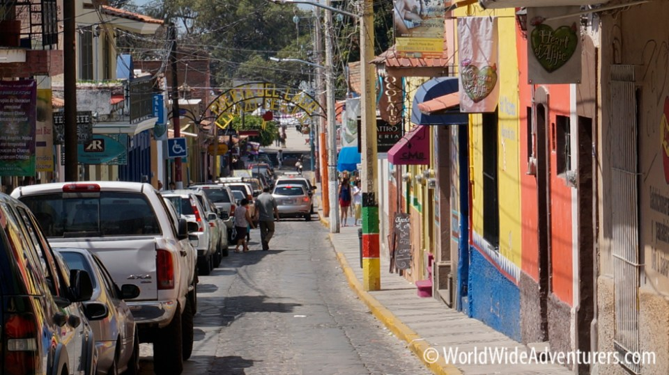 Main street in Ajijic,Lake Chapala|WorldWideAdventurers