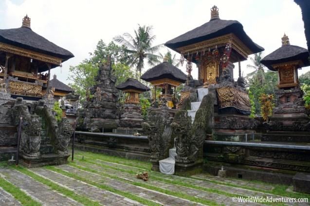 Living in Bali13