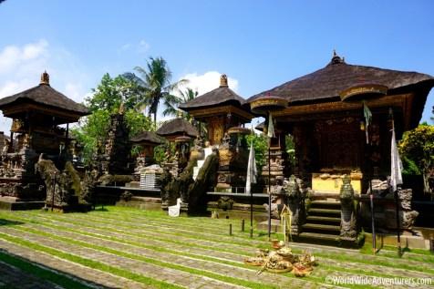 Living in Bali21