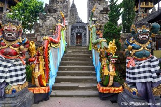 Living in Bali47