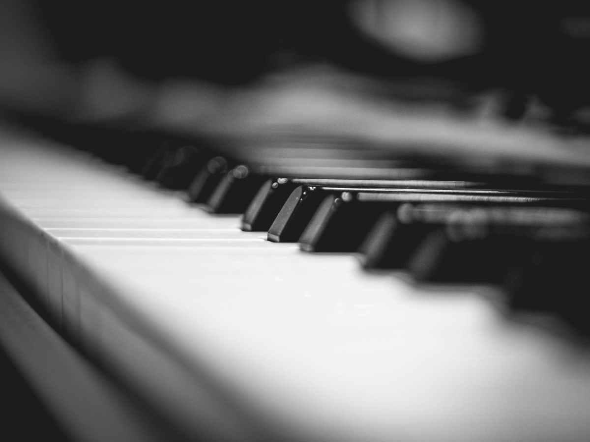 pianos have 88 keys