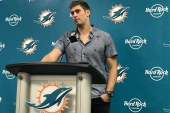 """The Dolphins make me cry, Miami 2-2 with win over Tennessee Titans…""""Tony get the Yayo!"""""""