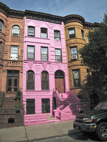 BubbleGum Brownstone