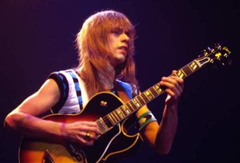 Guitarist Steve Howe of Yes