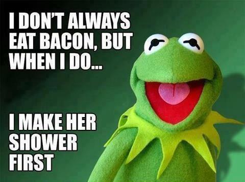 Kermit the Frgo Gets Randy