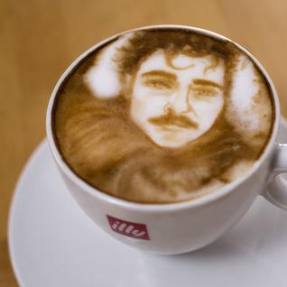 Her in Latte Foam