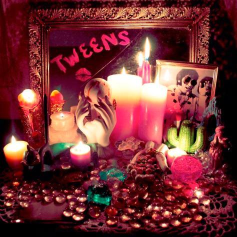 Tweens Album Cover
