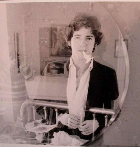 Bruce Mirror i979 David Gahr