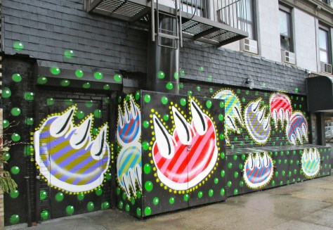 Claw Money Mural