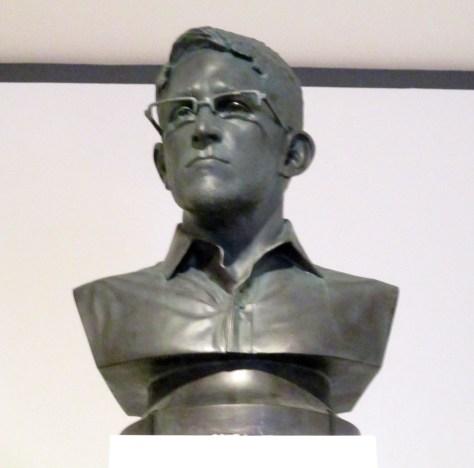 Snowden Bust Detail