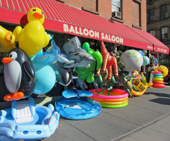 Balloon Saloon Side of Store