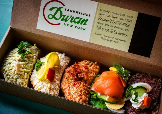 Duran Smail to Go Box