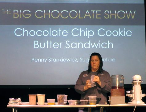 Chocolate Chip Cookie Butter Sandwich Demo