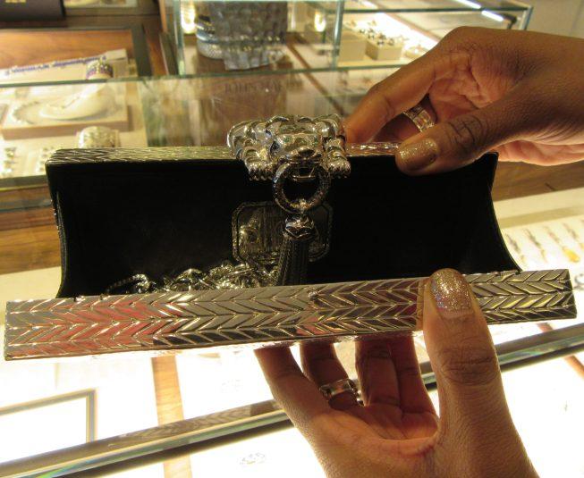 Legends Macan Handbag Detail