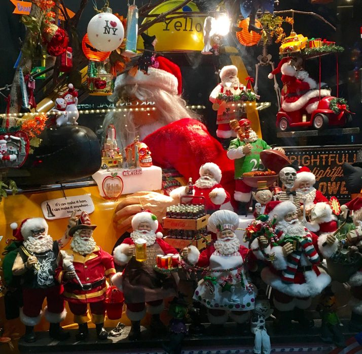 Christmas Holiday Window Display