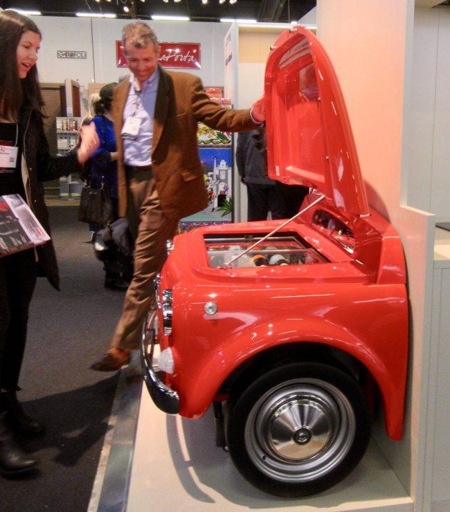 Smeg Fiat 500 Wine Cooler Side View
