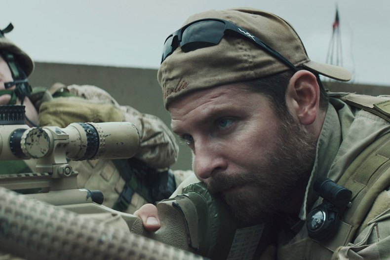 Chris Kyle en position de tir