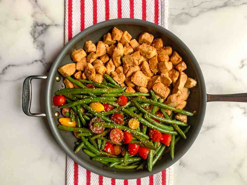 chicken stir fry with green beans and tomatoes