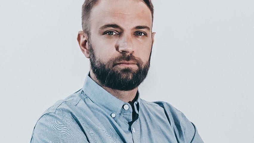 Павел Арни