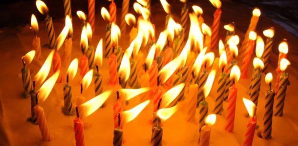 flaming-cake-1323013-1280x960_Fotor