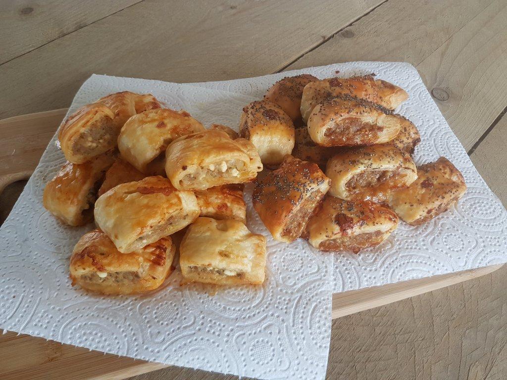 sausage rolls met feta en salie