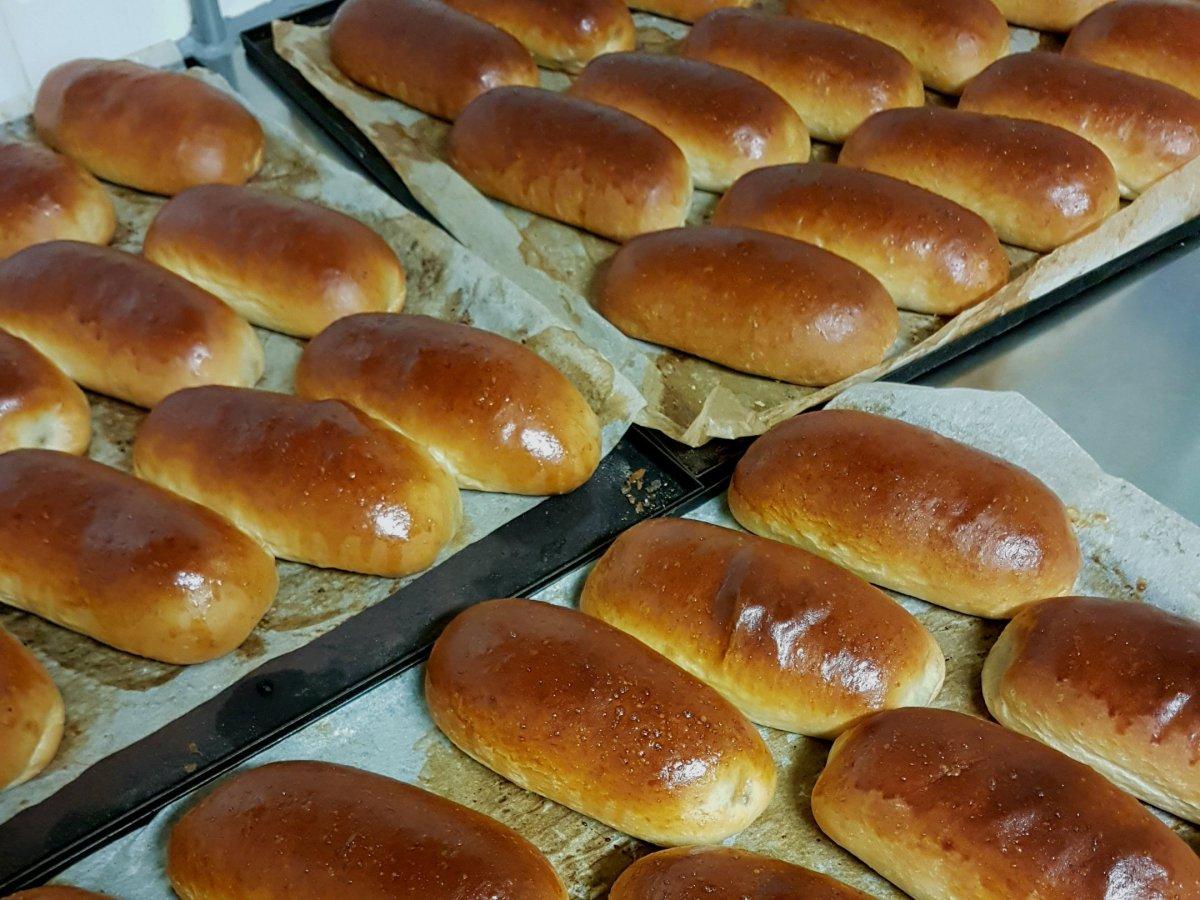 Zelf worstenbroodjes maken? Ik geef je 10 handige tips voor een perfect resultaat!