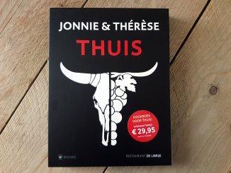 Cover Jonnie en Therese Thuis kookboek
