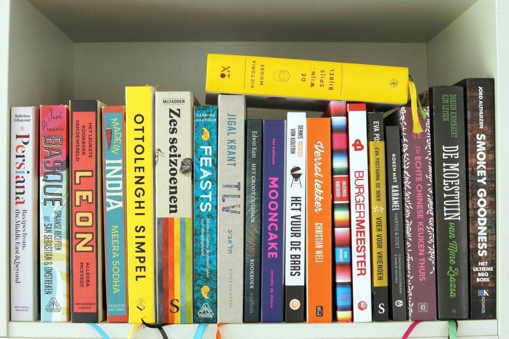 Kookboeken in keuken