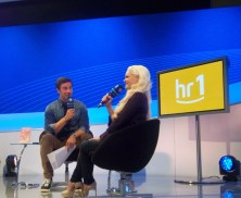 Promi-Blondine Daniela Katzenberger im Gespräch mit Marco Schreyl