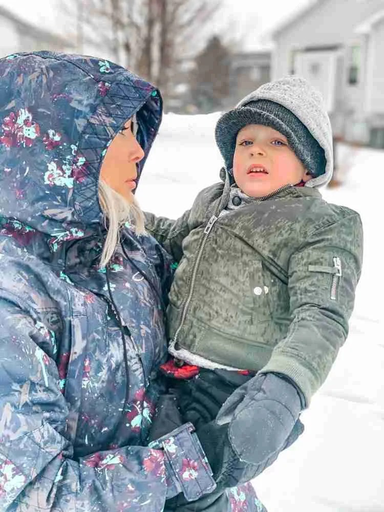 Travel with kids may be uncomfortable in cold weather