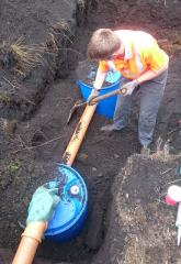 160901-5-burying-the-tanks